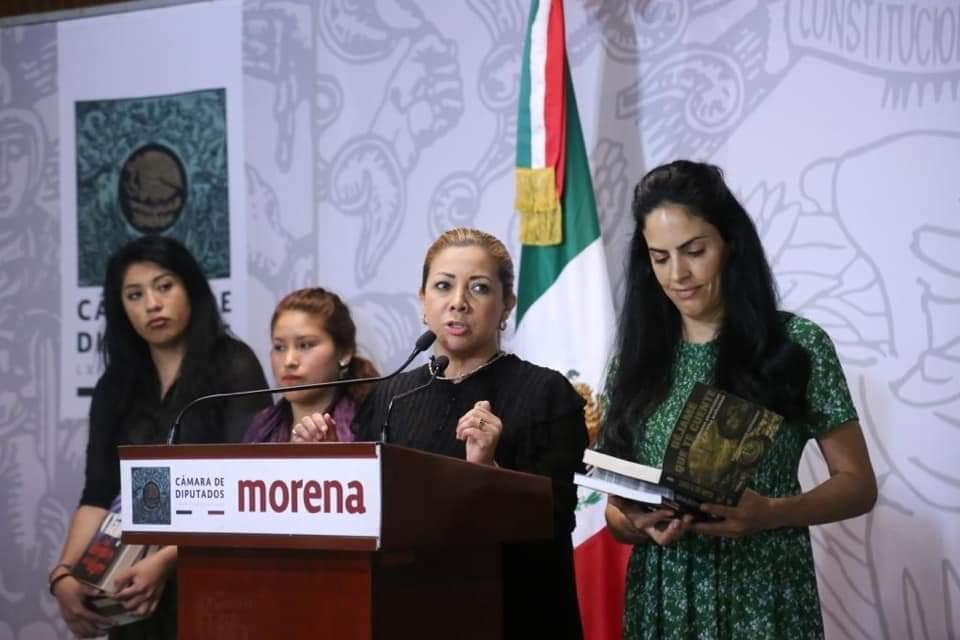 PAOLA GONZÁLEZ LLEVARÁN CULTURA A CÁRCELES FEMENILES