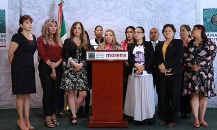 ANTE LA TRAGEDIA ALZAN LA VOZ: PAOLA GONZÁLEZ EXIGIÓ LA SUSPENSIÓN DE LOS JUECES FEMINICIDAS