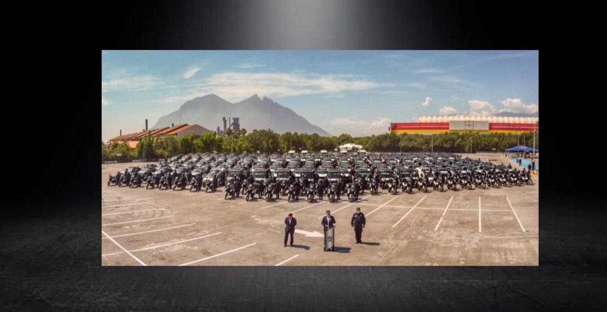 TENDRÁN POLICÍAS Y TRÁNSITOS DE MONTERREY NUEVOS VEHÍCULOS, ADRIAN DE LA GARZA HACE ENTREGA DE 234 NUEVAS UNIDADES