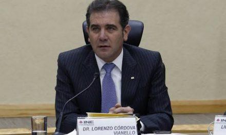 LORENZO CÓRDOVA PIDE A PARTIDOS POLÍTICOS JUGAR LIMPIO PARA EL 2021, ¿QUÉ ACASO NO SABE QUE ESTÁ EN MÉXICO? HASTA PARECE CHISTE