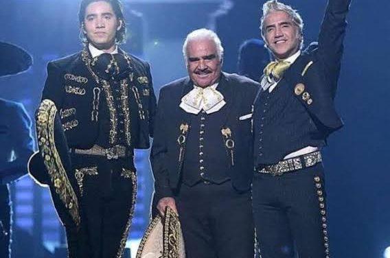 """VACUNAN A LOS """"FERNÁNDEZ""""; EL PUEBLO SE INDIGNA Y PIDEN JUSTICIA"""